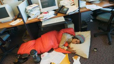 Rengeteg befektetési szakember dolgozik 16 órát egy nap