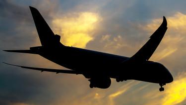 repülés légitársaság boeing dreamliner utazás naplemente repülő