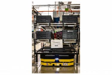 robottargonca a BorgWarner Oroszlány gyárában