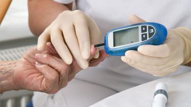 Segítséget kapnak a cukorbetegek