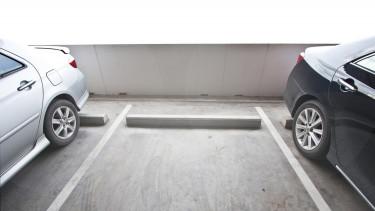 shutterstock garázs parkoló