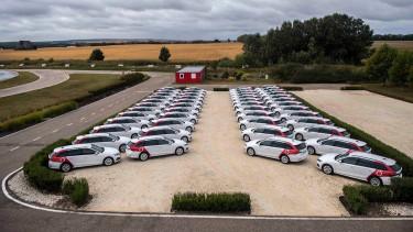 SKODA Octavia IV plug-in hibrid gépjárműveket vett át a Porsche Hungaria-tól a Vodafone: a cég lecseréli flottáját