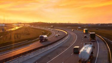 Sok változás lesz januártól az autópályás díjfizetésben