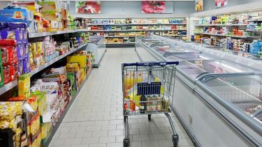 Sosem volt ilyen gyenge a forint árfolyama - Rengeteg magyar a zsebén érezheti