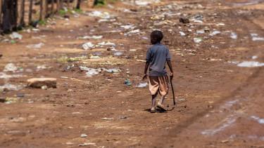 Sötét jóslat: 10 év, és kifogy az élelemből az emberiség