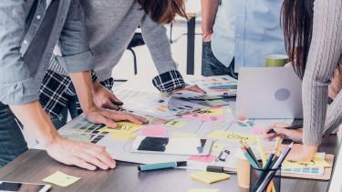 startup cég vállalkozás fiatal
