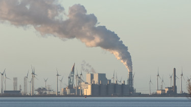 Súlyos vád érte a Nemzetközi Energiaügynökséget