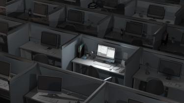 számítógép hacker kibertámadás iroda