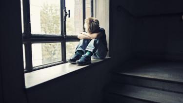 szegény gyerek sír_ getty stock