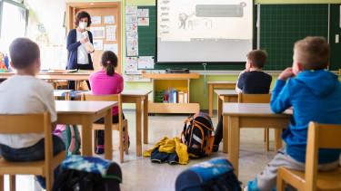 szlovenia iskola ujranyitas koronavirus karanten200602
