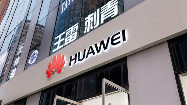 Tagadja a Huawei, hogy kémkednének