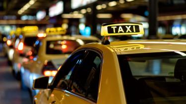 taxishutterstoxck