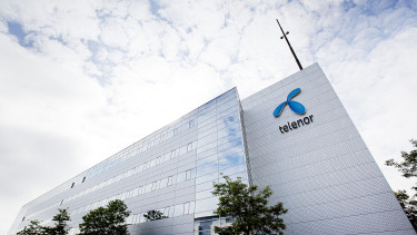 Telenor plans major staff cut in Hungary