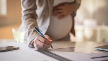 terhes aláír