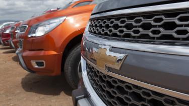 Tesla-gyilkos autógyártót vehet az Amazon és a GM