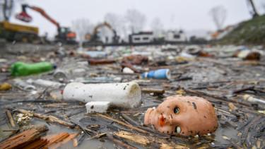 tisza, hulladék, szennyezés, környezetszennyezés