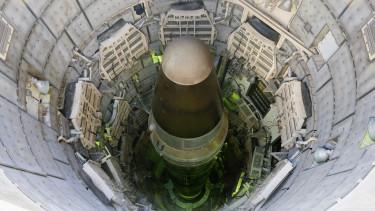 titán ballisztikus rakéta atombomba usa