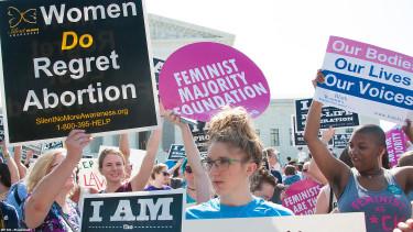 Tömegek háborodtak fel, de most újra kimondták: az abortusz szorította vissza a bűnözést