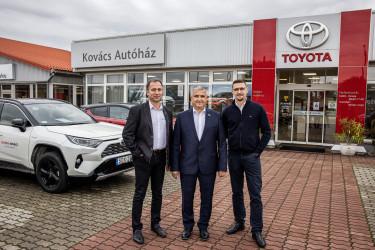 Toyota Kovács