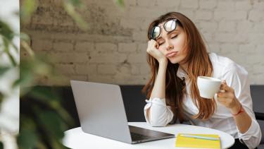 Túl sokat vagy túl keveset alszol? Egyik sem túl jó ötlet