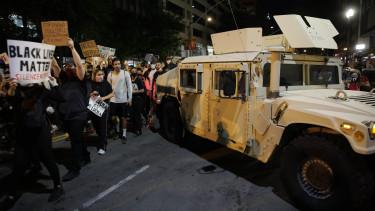 tüntetés amerika