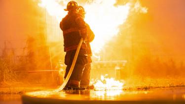 tűz oltás