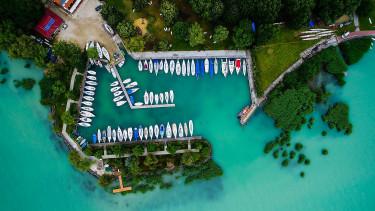 Új irány jön a hazai turizmusban: ebben az Adriával is vetekszik a Balaton