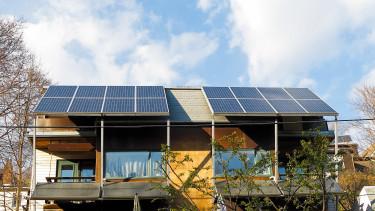 Új javaslat érkezett: a napelemek áfáját csökkentenék