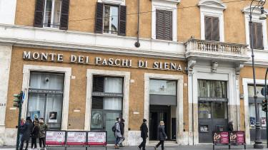 Újabb 5 milliárd eurót szánnak az olaszok a nagy bankmentésre