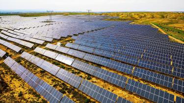 Újabb nagy naperőmű épül Magyarországon