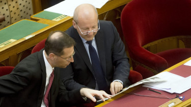 Unforseen risk looms over the Hungarian government