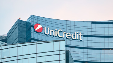 unicredit shutter