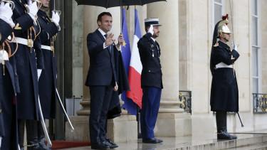 unios tagsag visszaforditas Emmanuel Macron GettyImages-1187821001