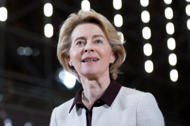 Ursula von der Leyen velemeny cikk digitalis strategia europai bizottsag cikkbe