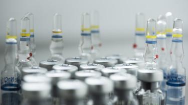 vakcinák oltóanyag oltás