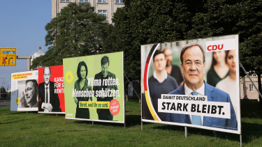 valasztasi plakatok