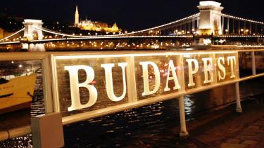 Vasárnap lezárják fél Budapestet - A tömegközlekedés rendje is változik
