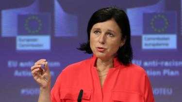 vera jourova europai bizottsag magyarorszag orban viktor lemondas felszolit