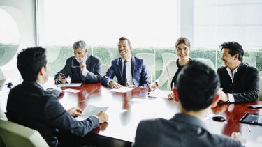 vezető igazgatóság cfo ceo getty stock megbeszélés meeting