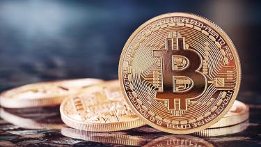 Vigyázat, nyílnak a zsilipek, most fog csak igazán elszállni a Bitcoin