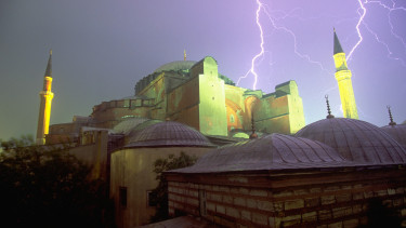 vihar isztanbul törökország