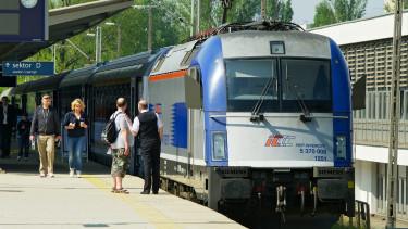 Villámgyors vonattal utazhatunk Varsóba is