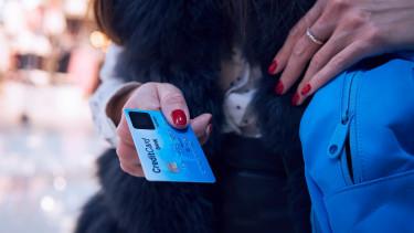 Visa: okostelefon után itt az okoskártya