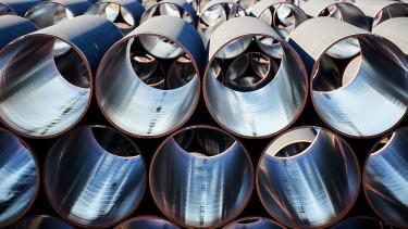 Vitatott gázvezetékről egyeztet Merkel és Putyin