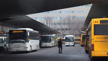 volánbusz, busz, népliget, pályaudvar,