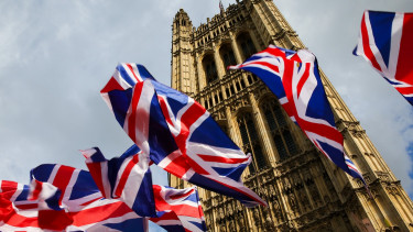Westminster brexit brit kilepes tortenelmi dontes