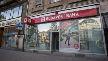 Will Budapest Bank be sold to a foreign investor?