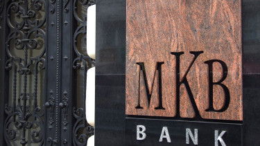 Will Hungary's MKB Bank buy Budapest Bank?