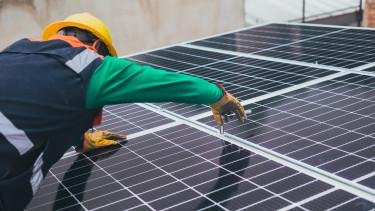 Zöld enegia napelem CPI