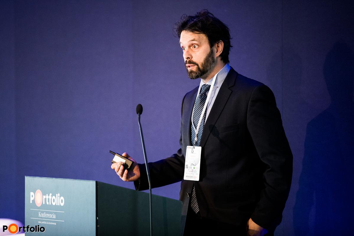 Tardos Gergely (igazgató, OTP Bank, Elemzési Központ): Jön a válság? Makrogazdasági egyensúlytalanságok és megingások a világban